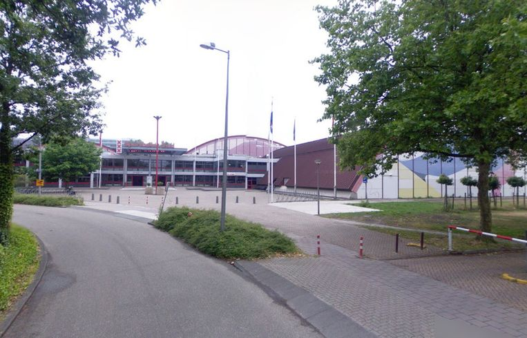 Sporthallen Zuid. Beeld Street View