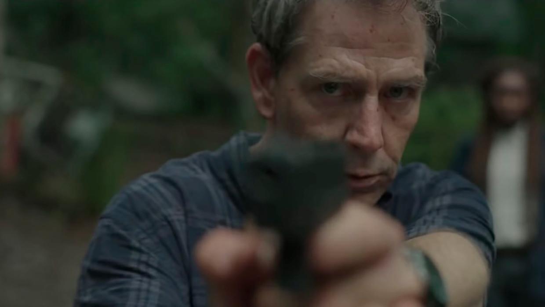 Ben Mendelsohn in 'The Outsider'. Beeld HBO