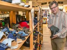 Na 100 jaar einde aan Bekker's schoenen Oosterhout: 'Ik stop met de schoen, ik ga met pensioen'