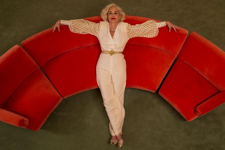 'Toen ik begon in deze business, werd de term 'fuckable' gehanteerd om te zien of je werk kon krijgen', vertelde Sharon Stone vorig jaar aan 'Vogue'. Beeld SAEED ADYANI/NETFLIX
