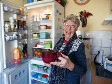 Lia gaf duizenden Tupperware-party's: 'Ik belde gillend mijn baas als ik voor meer dan 1000 gulden verkocht'
