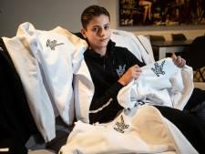 Kyan (15) uit Deventer verkoopt hoodies met eigen kledingmerk en hoopt op Snelle