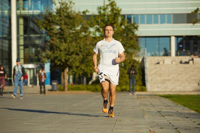 Philips en Usono testen Lumify met ProbeFix Dynamic tijdens Eindhoven marathon.