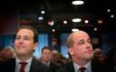 Lodewijk Asscher (l) en Diederik Samsom tijdens een partijcongres in Amersfoort eerder dit jaar.