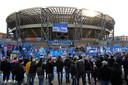 Het stadion van Napoli, intussen vernoemd naar Diego Maradona. Na zijn dood kwamen duizenden fans hier samen om te rouwen.