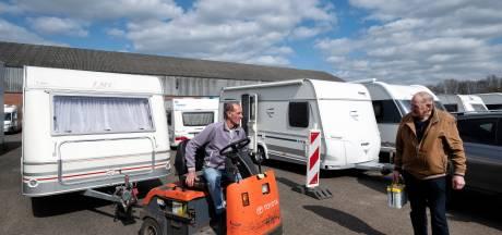 'Enorm gedoe om plek te vinden' voor campers en caravans: stallingen hebben chronisch gebrek aan ruimte