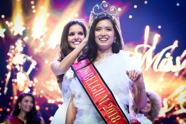 Candidate Angeline Flor Pua celebrates on the podium after winning the Miss Belgium 2018 beauty contest in the Plopsa Theater, Friday 12 January 2018, in De Panne. BELGA PHOTO LAURIE DIEFFEMBACQ