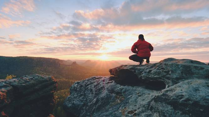 Wandelaar glijdt uit en stort van 2.533 meter hoge berg in Oostenrijk