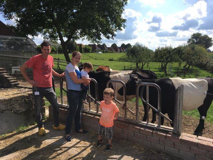 Jack, Margriet en hun kinderen op de open dag.