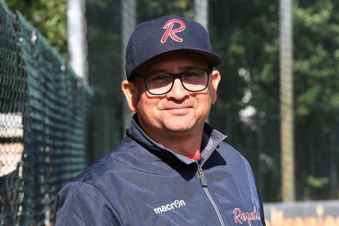 Maurice Dumas, coach van Royals.