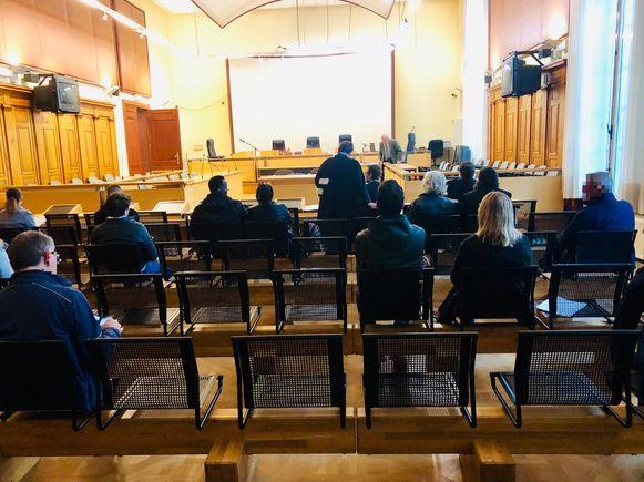 Voor de afwezige bijzitters werd een speciale zitting ingelast in de rechtbank van Leuven.