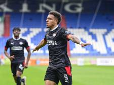 Philips gaat op het PSV-shirt van de mouw naar de kraag: 'Tussen het hoofd en het hart'