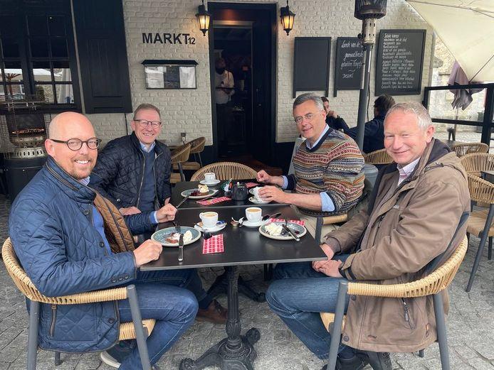 Joachim Coens ging een koffie drinken in Damme.