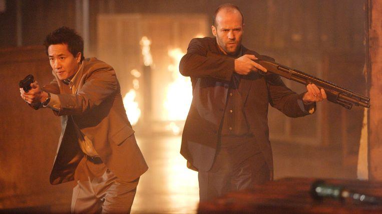 Terry Chen en Jason Statham in Rogue Assassin van Philip G. Atwell Beeld