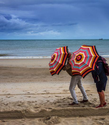 Spelend op het strand van Vlieland leert de Achterhoeker levenslessen