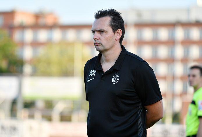 Dave De Herdt weet zaterdagnamiddag pas zeker of hij RC Mechelen kan coachen in Schaarbeek.