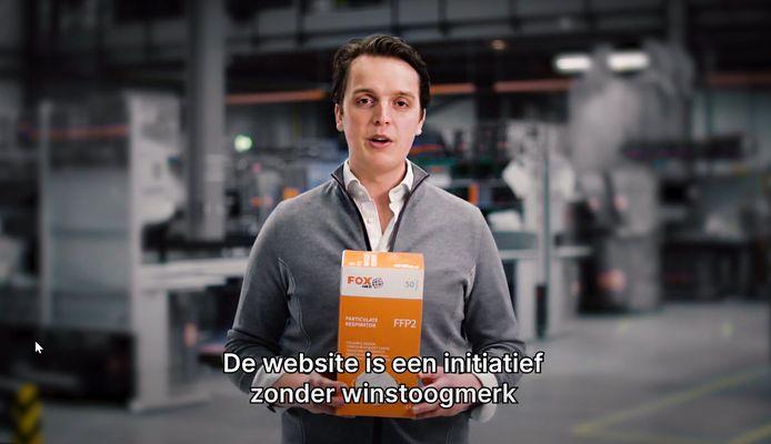 Sywert van Lienden in een filmpje van De Hulptroepen Alliantie