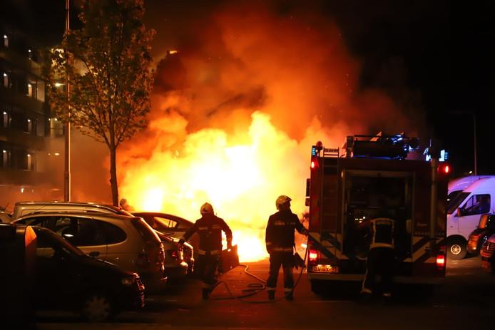 De auto's brandde behoorlijk.
