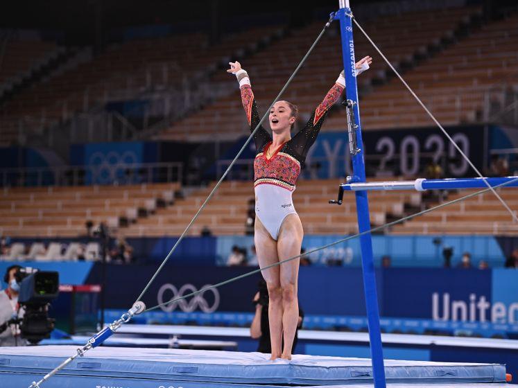 """VIDEO. De historische gouden oefening van Nina Derwael: """"De moeilijkheidsgraad ligt zó hoog"""""""