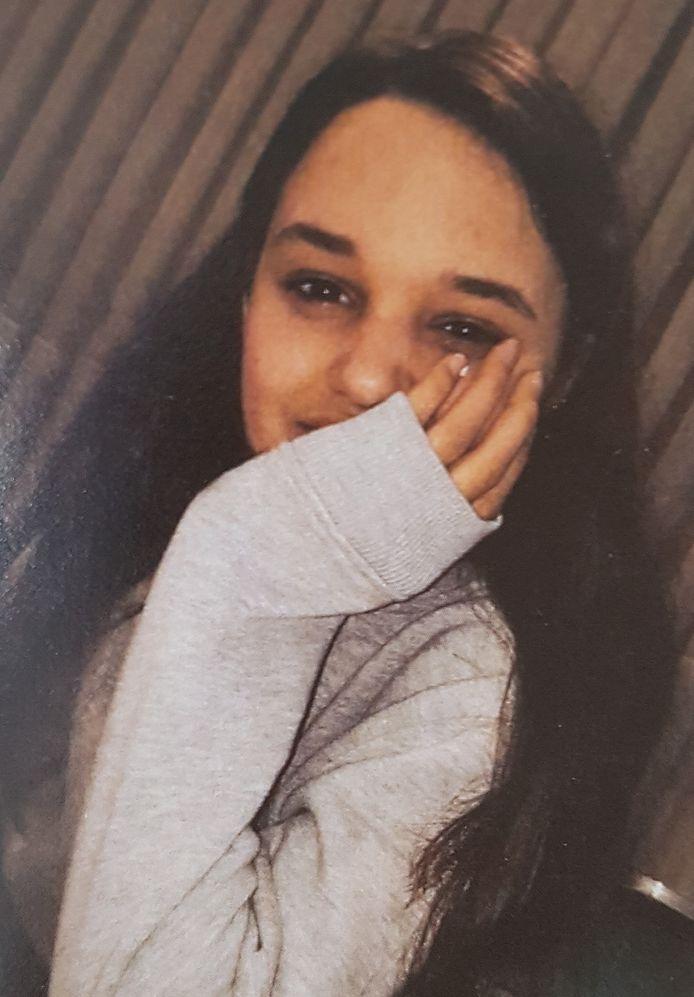 Stacey Vervoort stierf in augustus vorig jaar. In het centrum van Beerse werd ze doodgereden door een twintig meter lange kermiswagen.