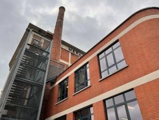 Renovatie schoorsteen Mena-gebouw neemt twee maanden in beslag