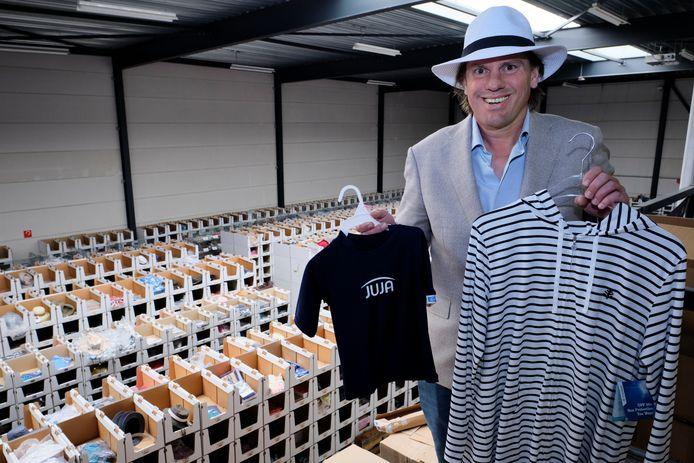 Ondernemer Jan Willem van der Sterre in zijn magazijn in Schiedam.