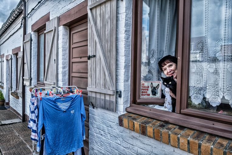 Menen staat schouder aan schouder met het Franse stadje Halluin, met zijn zeer pittoreske arbeiderswijk.  Beeld Tim Dirven