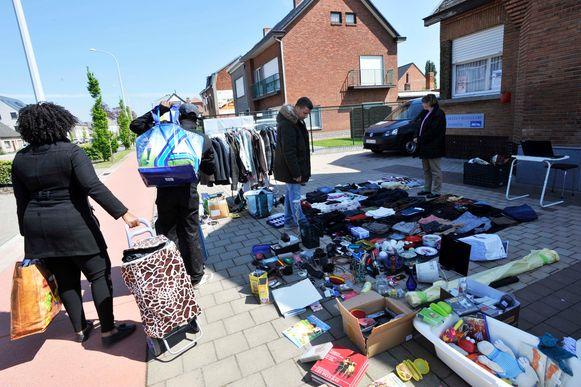 Het komend weekend vindt de eerste garageverkoop in Oudsbergen plaats