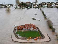 Dijk breekt door bij 'last house standing' in Somerset