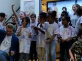 Video van de Dag | Ontroerend: Chef'Special maakt samen met deze kinderen 'heel leuk liedje'