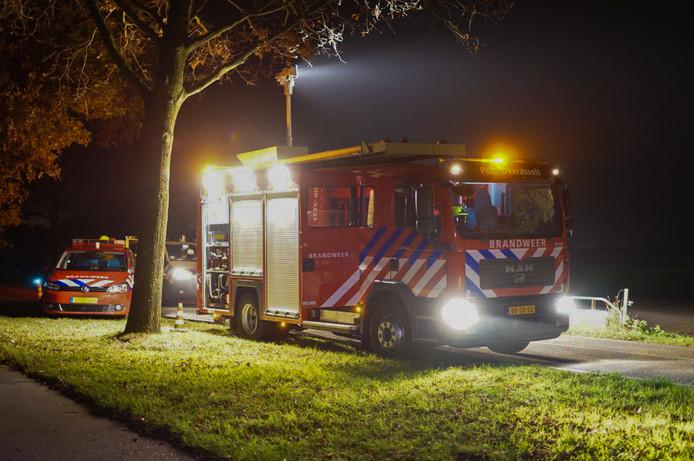 Brandweer en politie waren opgeroepen voor een zelfgemaakt vlot.