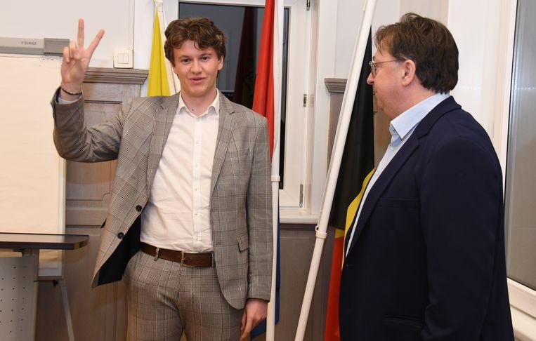 Tristan Bruynsteen tijdens zijn eedaflegging aan het begin van de gemeenteraad.