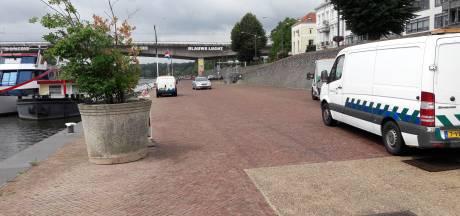 Vergunninghouders Rijnkade overvallen door tijdelijk parkeerverbod