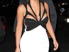 Le décolleté risqué de Kim Kardashian