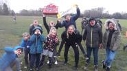 Kinderen van bankmedewerkers zorgen voor recordverkoop voor Rode Neuzen Dag in Belfius Mortsel-Kontich