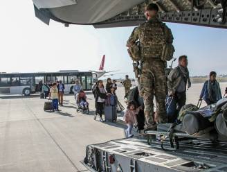 16 Belgen geëvacueerd uit Afghanistan met Nederlandse vlucht