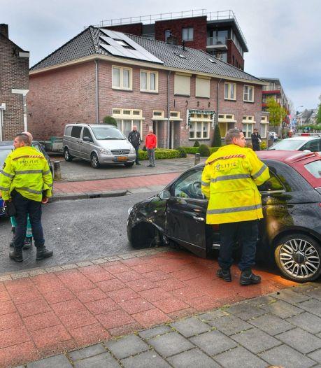 Gewonde bij botsing tussen twee auto's in Valkenswaard