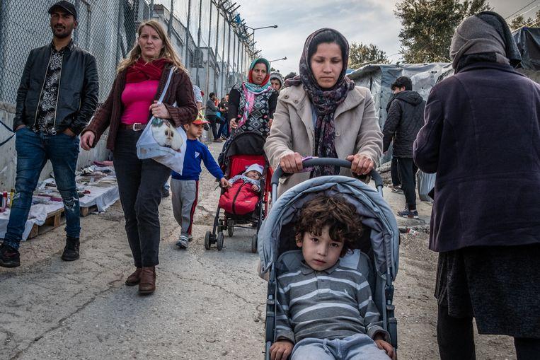 Asielzoekers op Lesbos, Griekenland. Beeld Joris Van Gennip
