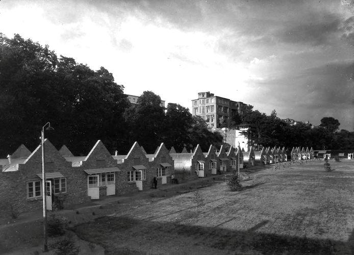 De barakken voor Poolse militairen aan Onderlangs in 1947.