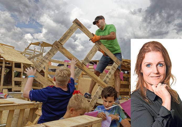Het bouwdorp in Esch. En vader Joachim helpt een handje mee.