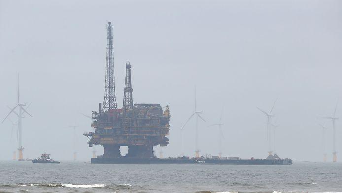Een Shell platform in de Noordzee.