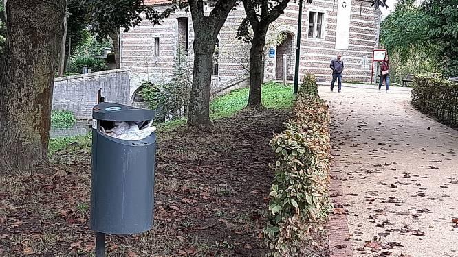 """Stad gaat tachtig openbare vuilnisbakken verwijderen: """"Er wordt te vaak huishoudelijk afval in gedumpt"""""""