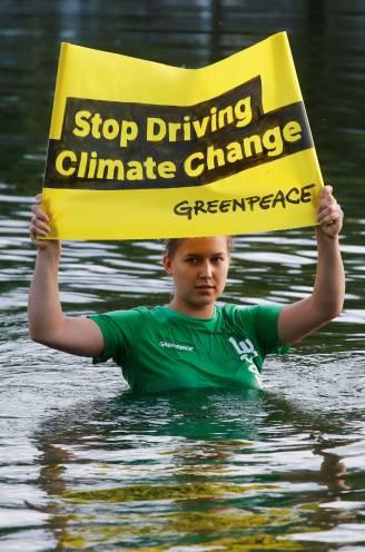 """Greenpeace blaast 50 kaarsjes uit: """"Greenpeace heeft een gezicht als Greta nodig"""""""