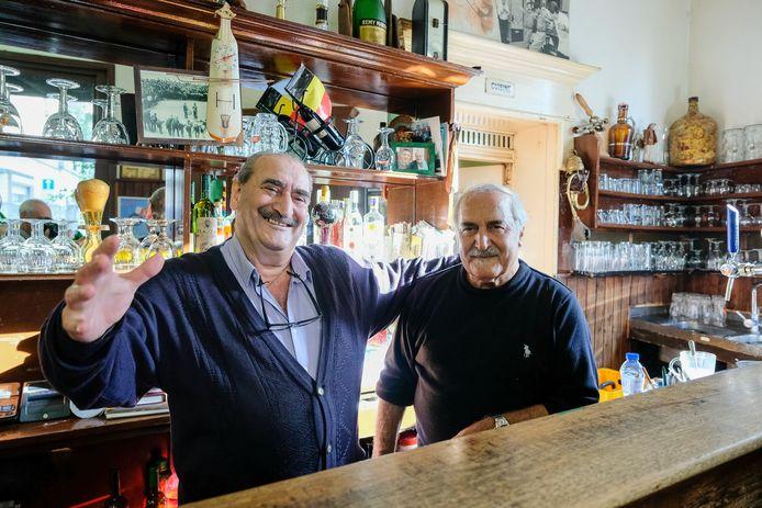 Café La Rose Blanche: Pavlos en Kostas Karassavidis