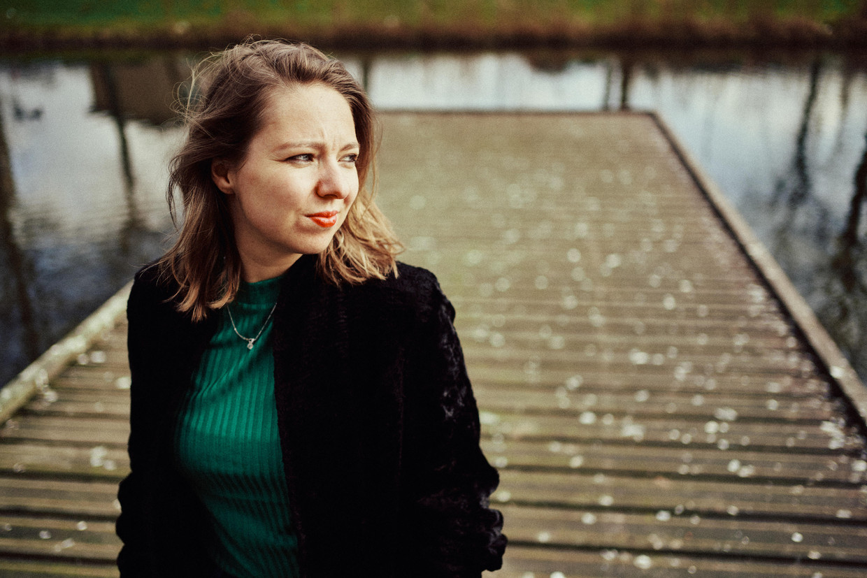 Lisanne van Sadelhoff: 'Ik vroeg mezelf voortdurend af of ik het wel juist deed. Ik heb mijn therapeut letterlijk om een handleiding rouwen gevraagd.'