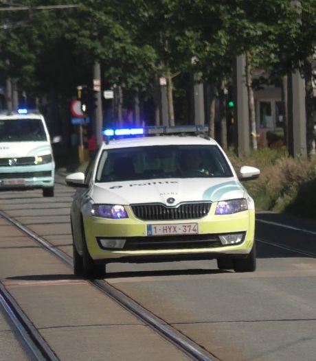 Politie arresteert verdachte van overvallen en autodiefstallen na verschillende achtervolgingen