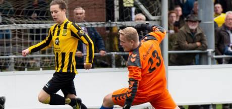 Gelegenheidskeeper Mika redt punt voor Klarenbeek tegen Beekbergen