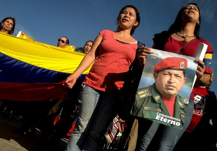 Venezuelan students participate in a meeting to commemorate the first anniversary of Hugo Chavez death, on March 5, 2014 in Havana. Venezuela on Wednesday marked one year since Hugo Chavez died, with his successor set to lead ceremonies for the