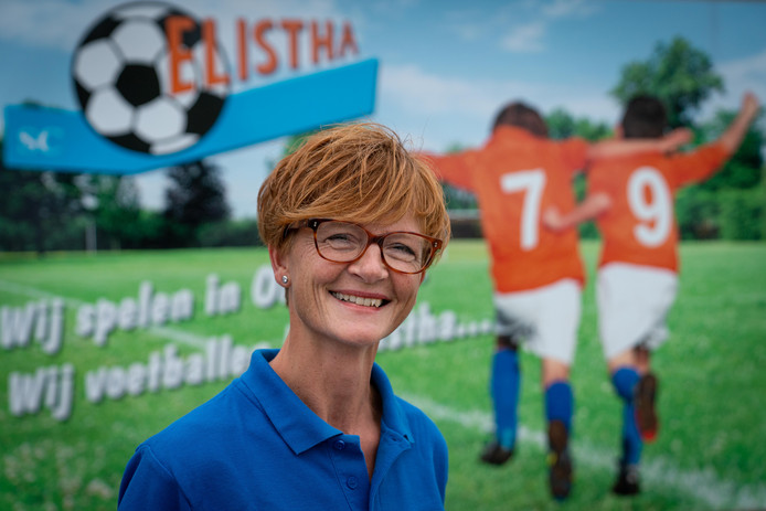 """Miranda Koeslag van Elistha.  ,,Ik had dit 15 jaar geleden niet verwacht, maar voetbal is echt een mooie sport."""""""