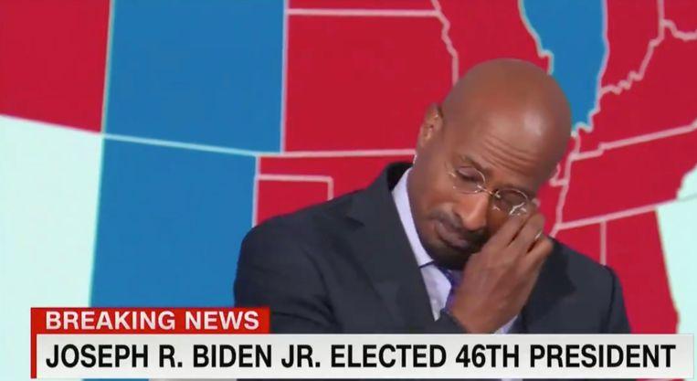 Een ontroerde Van Jones ziet Joe Biden de 46e president van de VS worden. Beeld CNN